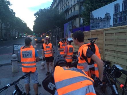 Paris Rando Velo Club organizers on our Friday night ride