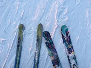 Downhill sticks and powder sticks